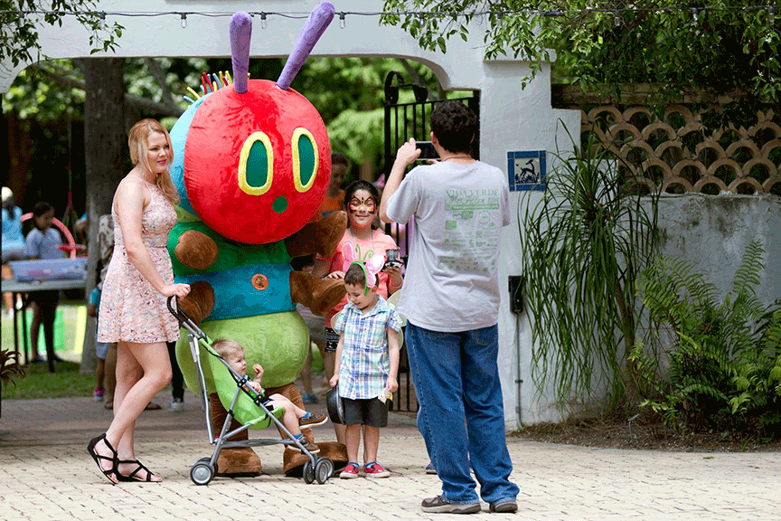 20180308 Butterfly Insect Costume Quinta Mazatlan