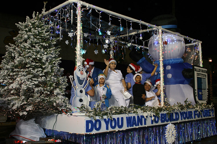 20181205 Weslaco Christm Parade ValleyGrande Inst 01